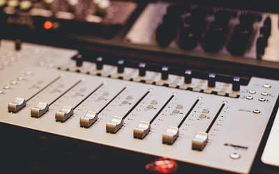 Ραδιοφωνικό σποτ | Ο απόλυτος οδηγός!